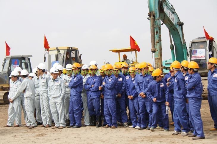 Những lưu ý khi lựa chọn nhà thầu cung cấp nhân công xây dựng tại Việt Nam