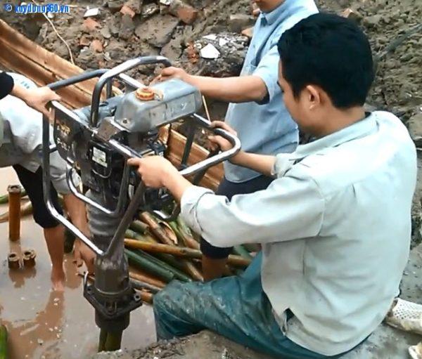 Hướng dẫn thi công đóng cọc tre cho móng