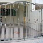 Cửa cổng sắt kéo nhà phố