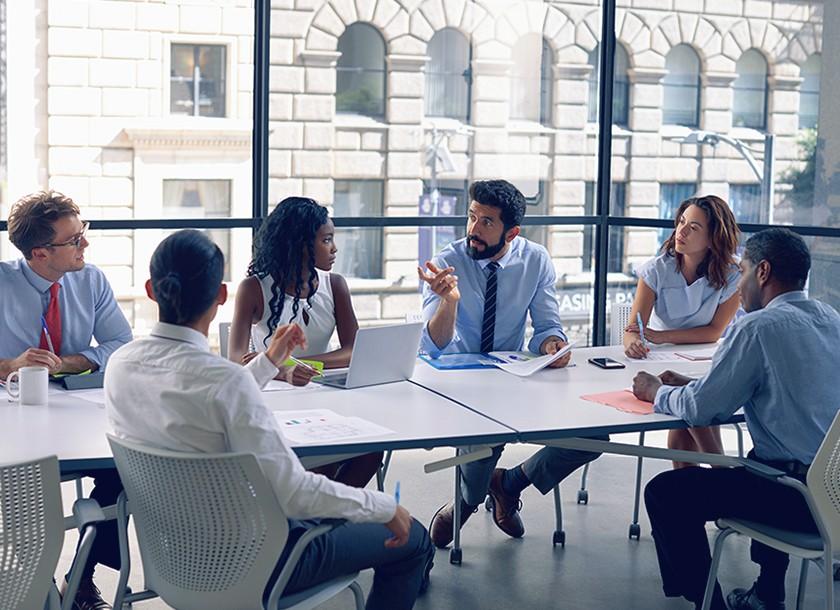 Giải pháp hữu ích cho bàn họp hội nghị nơi văn phòng