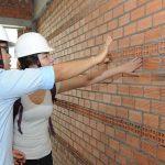 Giám sát thi công xây tường