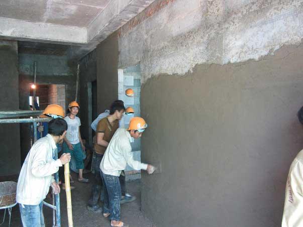 Nhân công thi công trát tường