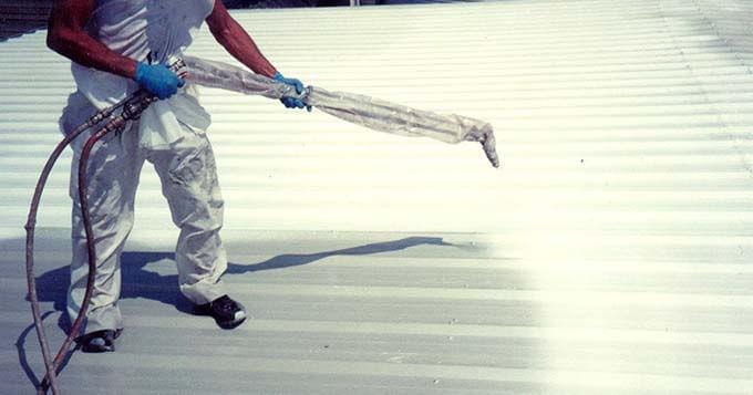 Thông gió cho nhà mái tôn bằng sơn chống nóng