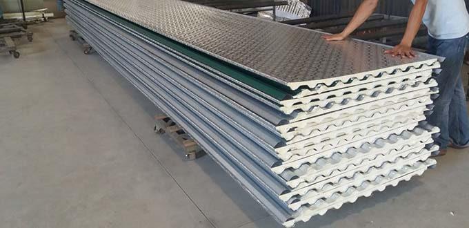 Thông gió cho nhà mái tôn bằng tấm lợp cách nhiệt